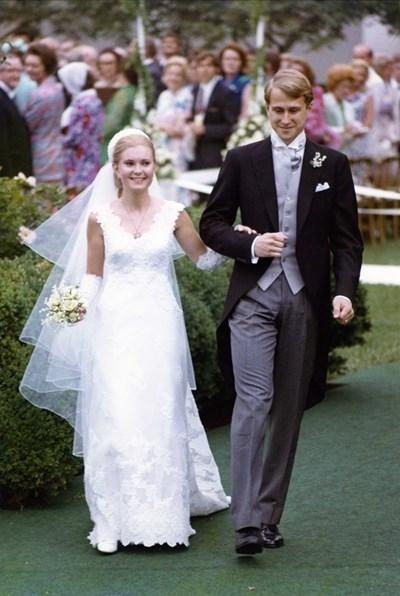 Патриша, голямата дъщеря на Ричард Никсън, е последното засега президентско дете, сключило брак в Белия дом. Сватбата  през юни 1971 г. с известния манхатънски корпоративен адвокат Едуард Финч Кокс, заемал много постове в правителството, е първата на открито - в Розовата градина.