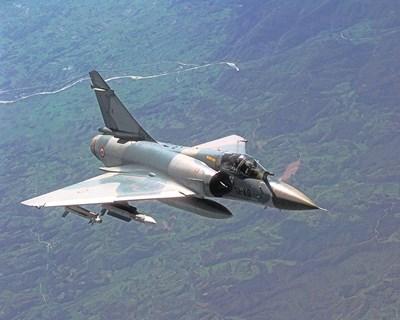 """Такива """"Мираж 2000"""" на ВВС на Франция са доближили руските граници над Черно море"""