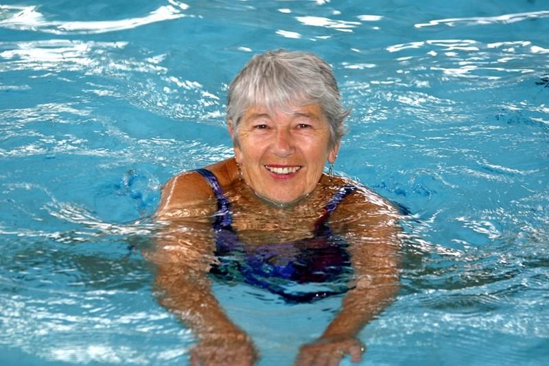 Плуването е един от най-леко поносимите спортове на старини.  СНИМКИ: ПИКСАБЕЙ