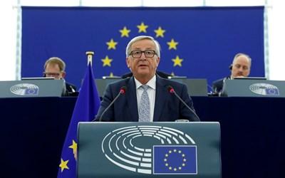 """Юнкер посочи, че от известно време Анкара """"се отклонява от ЕС с гигантски крачки"""". СНИМКА: Ройтерс"""