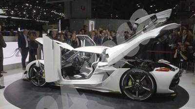 Общият тираж на Koenigsegg Jesko ще бъде 125 копия. Цената на една кола е около три милиона долара. СНИМКИ: ГЕОРГИ ЛУКАНОВ СНИМКА: 24 часа