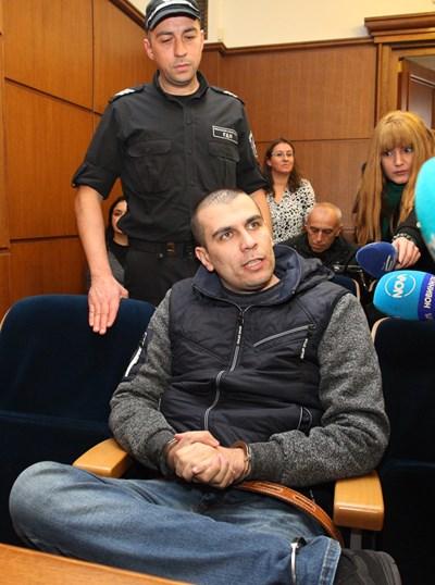 Викторио Александров в съда