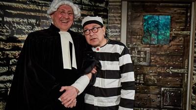 Теодор Елмазов и Пламен Пеев са чудесен дует в пиесата на британеца Джон Мортимър, постановка в театър 199.