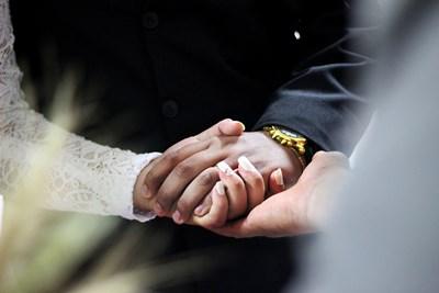 Все повече младоженци предпочитат скъп часовник вместо пръстен. СНИМКА: Пиксабей