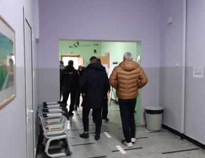 Избирателният ден в Бургаско премина спокойно.