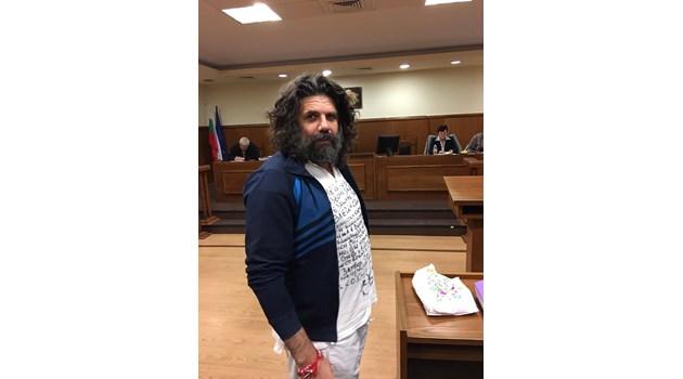 17 г. и 6 месеца затвор за Крокодила за въоръжен грабеж на 136 072 лв.