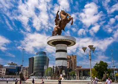 Паметникът на Александър Македонски в центъра на Скопие СНИМКА: АРХИВ