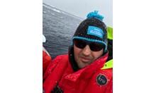 """Забраняват на Петър Стойчев да плува в """"ледена супа"""" на Антарктида (Снимки)"""