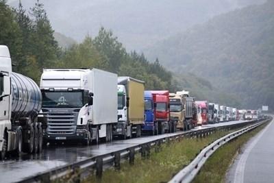 Отново без камиони над 12 т по автомагистралите от 16 ч. до 20 ч. утре