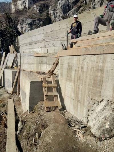 Срутището в село Дряново вече е укрепено.