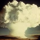 """Британски бивш военен летец пред """"Гардиън"""": Аз пуснах две атомни бомби. Първата за малко да се взриви в самолета"""