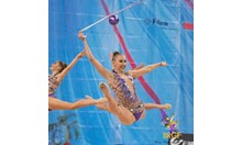 Тя скача за 10 и печели златен медал, а не знае, че е със счупен крак