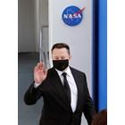 """Илон Мъск: Човечеството може да се гордее с новия пилотиран кораб """"Дракон"""""""