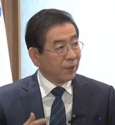 Самоубилия се миналата седмица кмет на Сеул Пак Уон-сун КАДЪР: Youtube/ ARIRANG NEWS