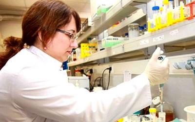 Проф. Несрин Йозьорен очаква в Турция да се пуснат 5-10 вида технологии за ваксини срещу COVID-19.