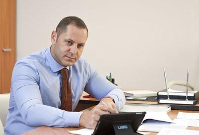 Манолев оттегли кандидатурата си за транспортен министър.
