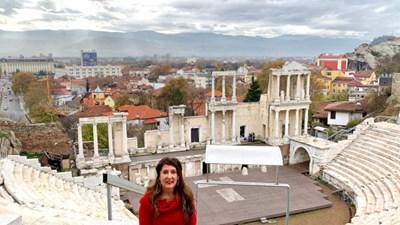 Херо Мустафа на Античния театър СНИМКА: Посолство На Сащ В България