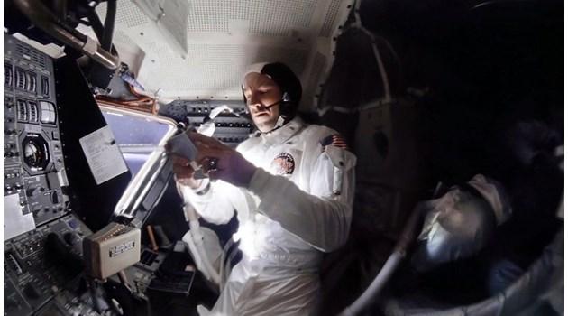 """Вижте непоказвани досега кадри от авариралия през 1970 г. """"Аполо 13"""""""