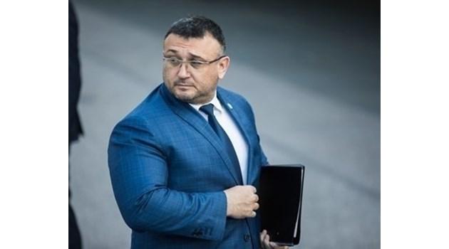 Младен Маринов: Осем лица са задържани за 24 часа по шпионския скандал