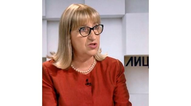 Цачева: Може и без указ да се освободи Маринов, но беше жест към президентството
