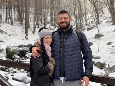 Николай Бареков със съпругата си Мария Календерска СНИМКА: Фейсбук/Nikolay Barekov