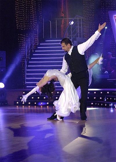 """Ники Кънчев е великолепен танцьор, доказа го в първия сезон на """"Дансинг старс"""" по Би Ти Ви. Тази пролет обаче се връща при старата си любов - """"Стани богат"""" по Нова тв.  СНИМКА: БУЛФОТО"""