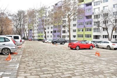 Отдаването на места за паркиране пред блока ще става по нов ред.