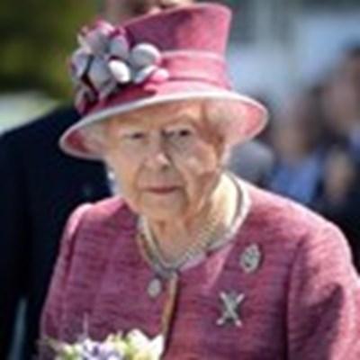 Кралица Елизабет Втора, сестра на принцеса Маргарет. СНИМКА: РОЙТЕРС