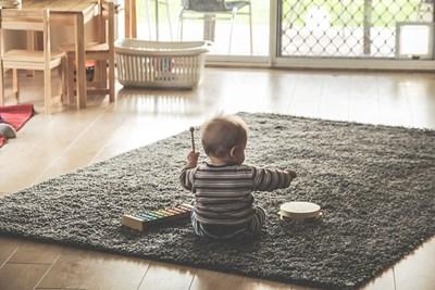 Музиката подобрява взаимодействието между различните зони в мозъка на човека от най-ранна възраст. СНИМКА: Pixabay