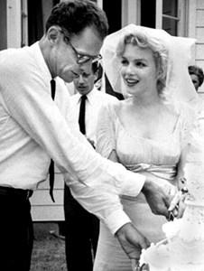 Монро и Милър на тяхната сватба, 29 юни 1956 г.