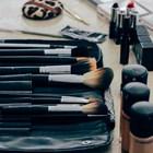 Повече от половината масово използвани козметични продукти като червила, спирали, пудри, съдържат високи нива на опасни химикали