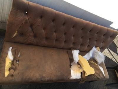 Част от увредените мебели.