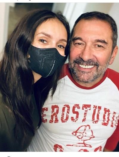 Нина Добрев с баща си