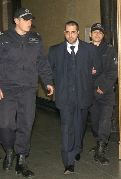 Петьо Мангъров в съда през 2013 г. СНИМКА: Архив