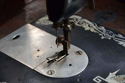 15 от новозаразените работят в шивашка фирма в Търговище