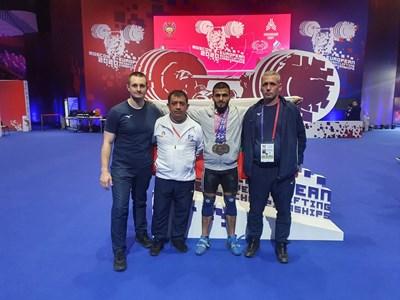 България спечели отборната титла при щангистите на европейското