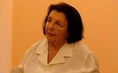 Катя Воденичарова