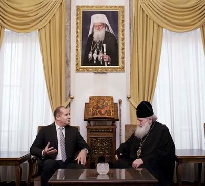 Президентът Румен Радев на среща с Негово Светейшество Българския патриарх Неофит Снимки: Прессекретариат на Президента