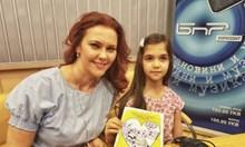 7-годишната Стела представя първата си книга