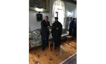 Премиерът Борисов посрещна утрото на Гергьовден в Света гора (Снимки)