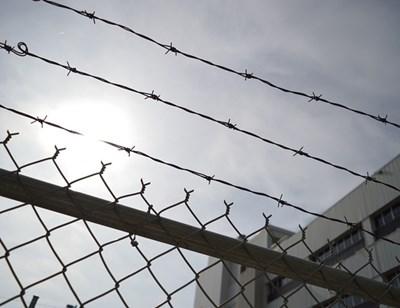 Безлов: Служител може да е помогнал на молдовците да избягат от затвора в Стара Загора