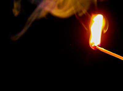 Мъж, подпалил къщата на леля си, остава в ареста СНИМКА: Pixabay