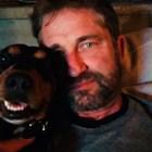 Световни знаменитости с български кучета