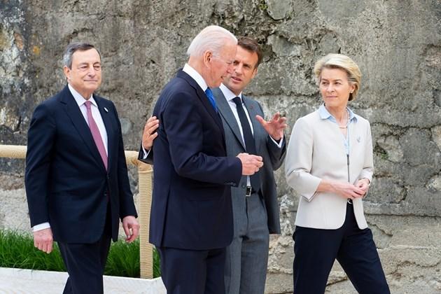Лидерите от Г-7 искат по-справедлива данъчна система