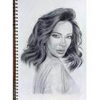 Емилия си рисува портрет