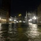 Две са вече жертвите на наводненията във Венеция (Снимки)
