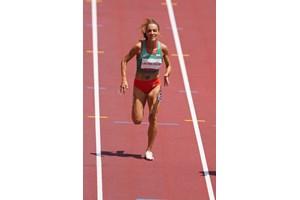 Ивет Лалова по време на сериите на 200 м на олимпийския стадион в Токио. СНИМКА: ЛЮБОМИР АСЕНОВ, LAP.BG