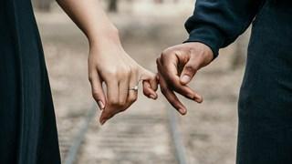 Как да разграничим любовта от любовната зависимост