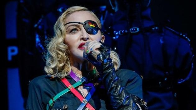 Мадона: Ако някой използва смартфон на концертите ми, ще бъде изхвърлен