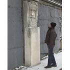 Лед руши паметник на Ботев